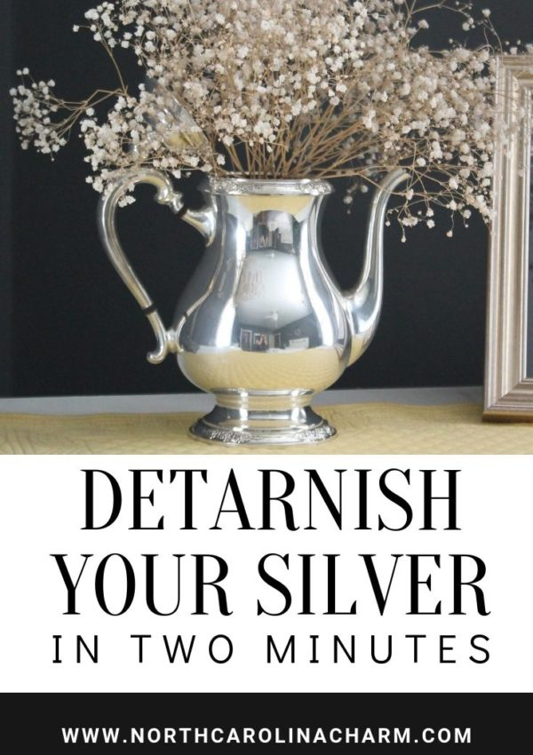 De-tarnish your silver {in less than 2 minutes}