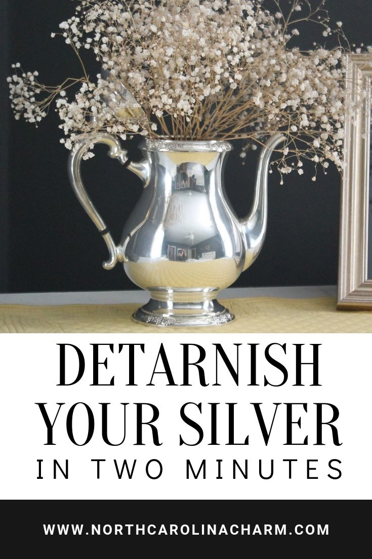 North Carolina lifestyle blogger, Christina shares how to De-Tarnish your Silver in less than 2 minutes! You can do this yourself at home!