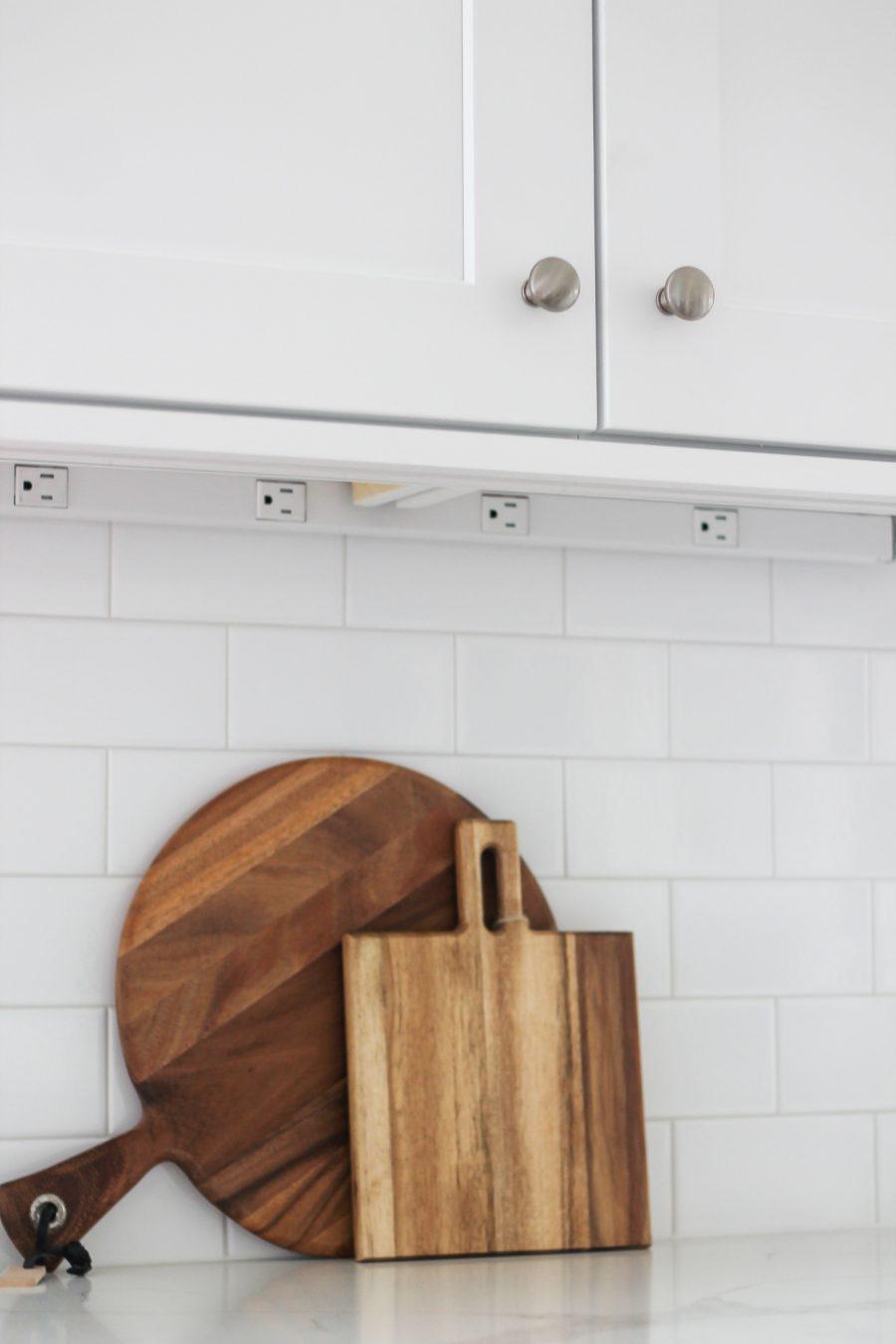 kitchen outlets under cabinet