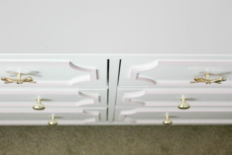 dresser bow hardware