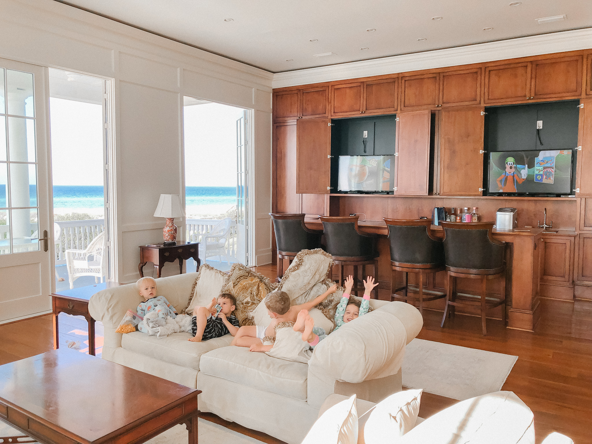 sitting area with kids 30A Seagrove Vacation Home