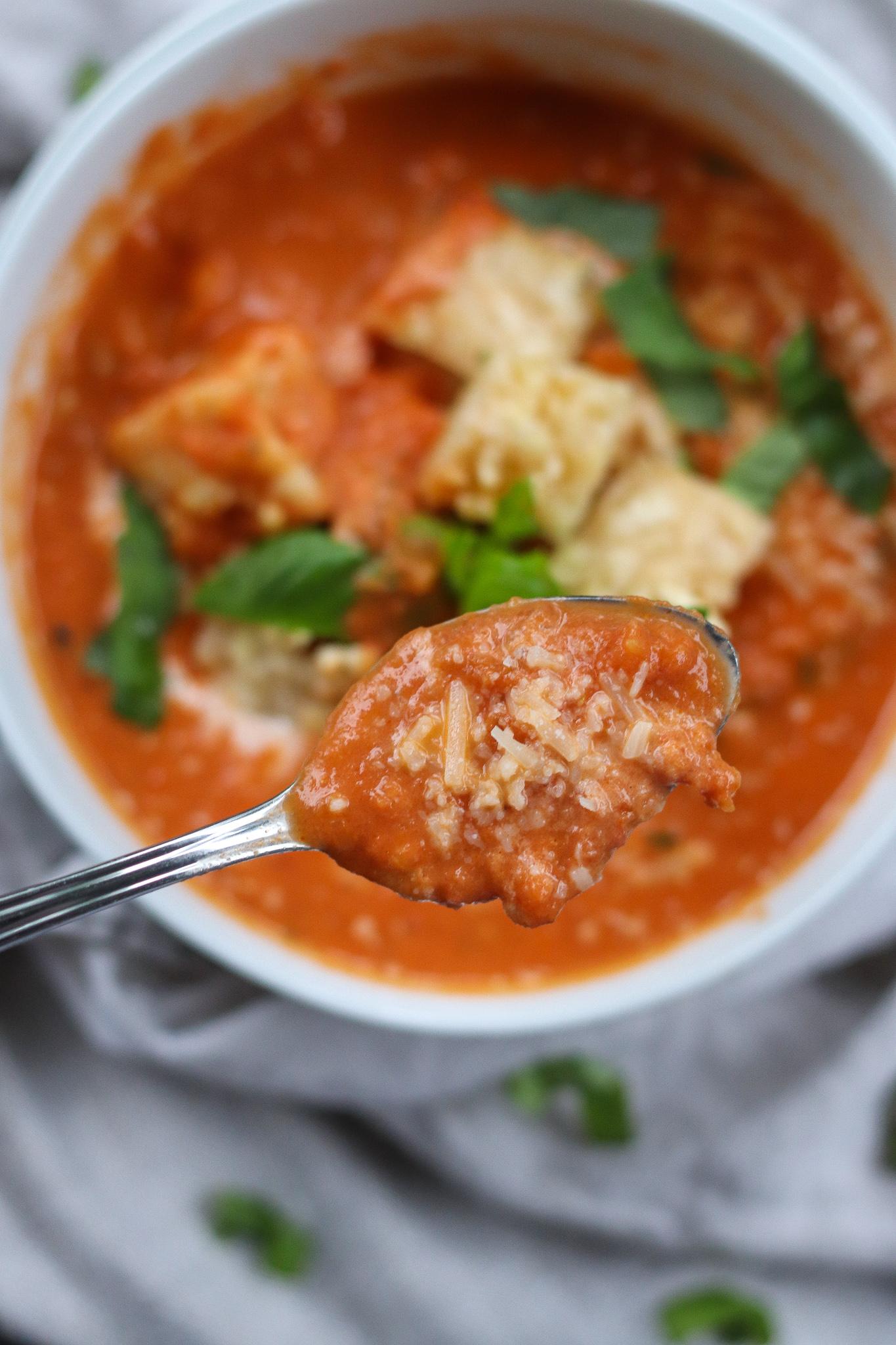 Creamy Tomato Basil & Bacon Soup